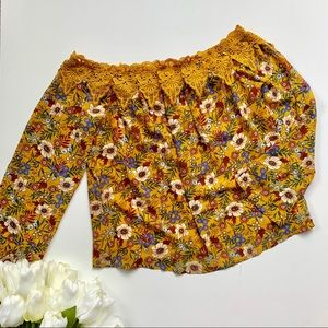 ESSUE   NWT Yellow Floral Off The Shoulder Top